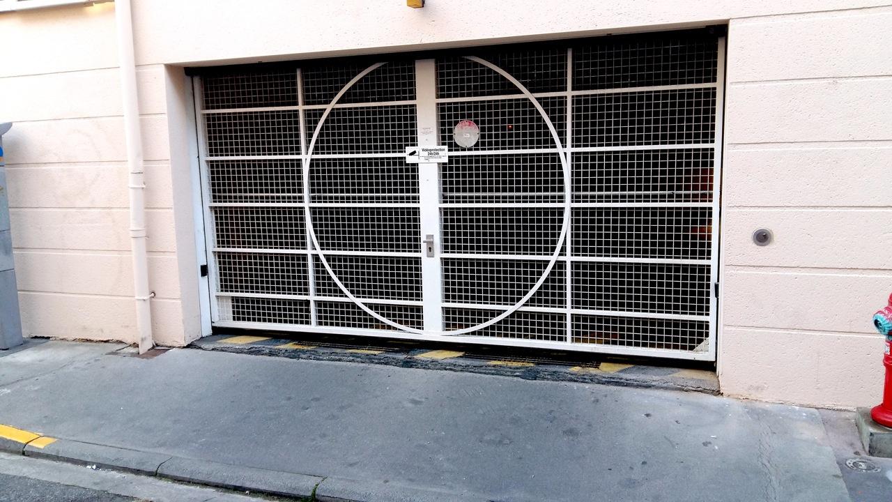 Location garage parking toulouse 31000 sur le partenaire for Location garage assurance